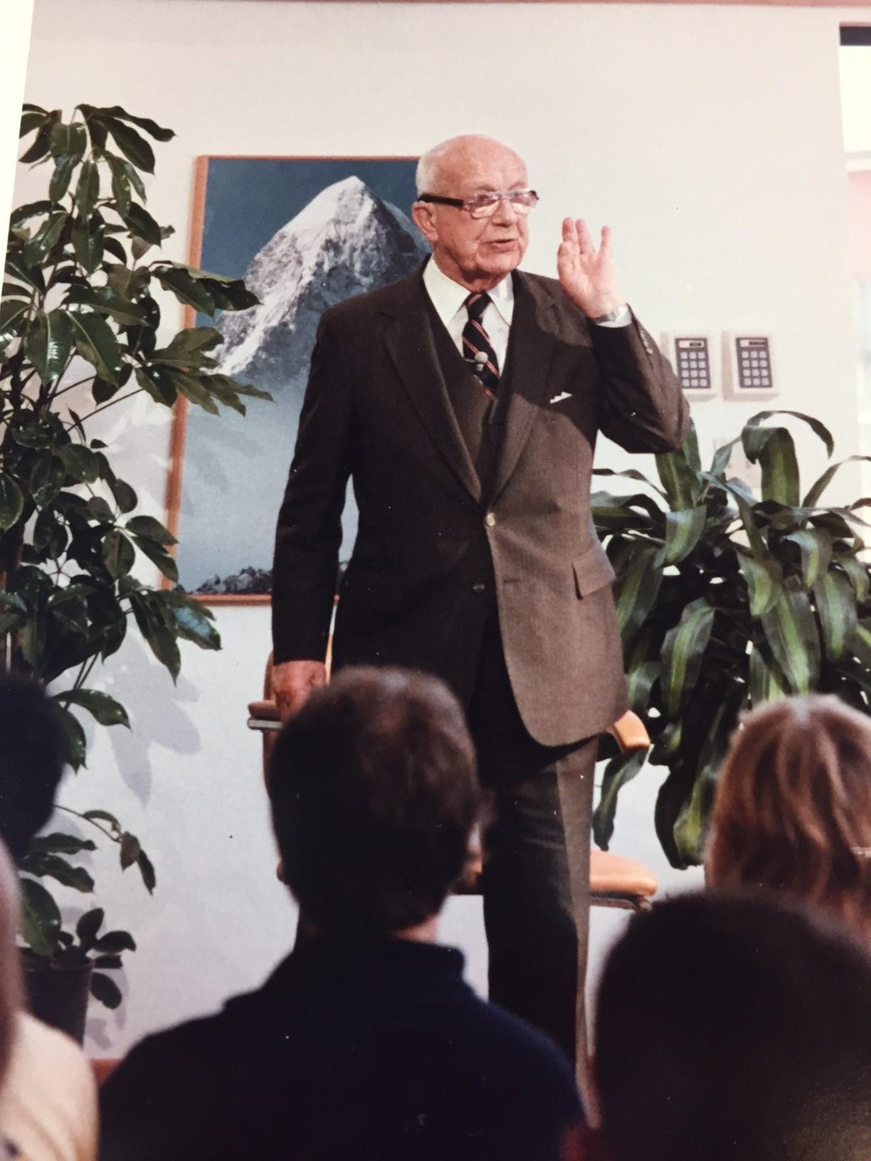Bucky Talking at TNF 1983